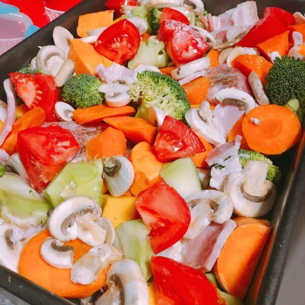 海外のオーブンの使い方は?オーブン料理「野菜とチキンのグリル」を作ってみた