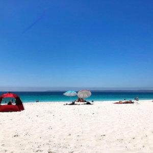 世界で一番白い砂浜のジャービスベイで年越し!行き方と楽しみ方は?